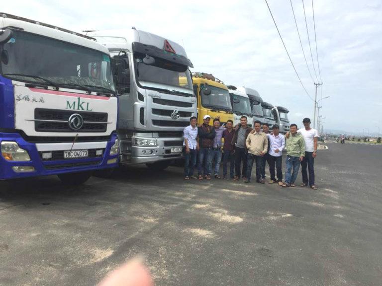 Xe 8 tấn vận chuyển hàng HCM đi Bình Thuận