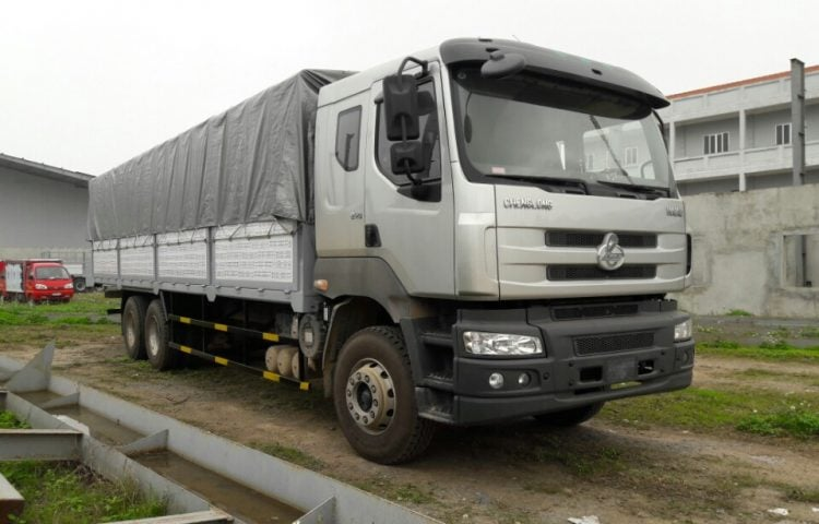 Xe 15 tấn vận chuyển hàng Tp.HCM đi Nghệ An