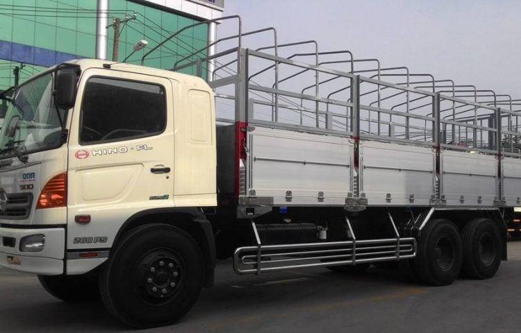Xe 15 tấn vận chuyển hàng Quảng Nam vào TP.HCM
