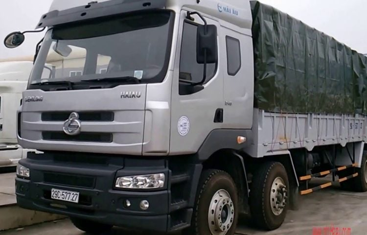 Xe 10 tấn vận chuyển hàng Bình Định vào TP.HCM