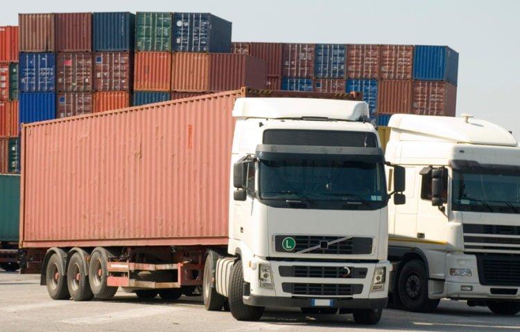 Xe container 40 feet vận chuyển từ Quảng Nam vào TP.HCM