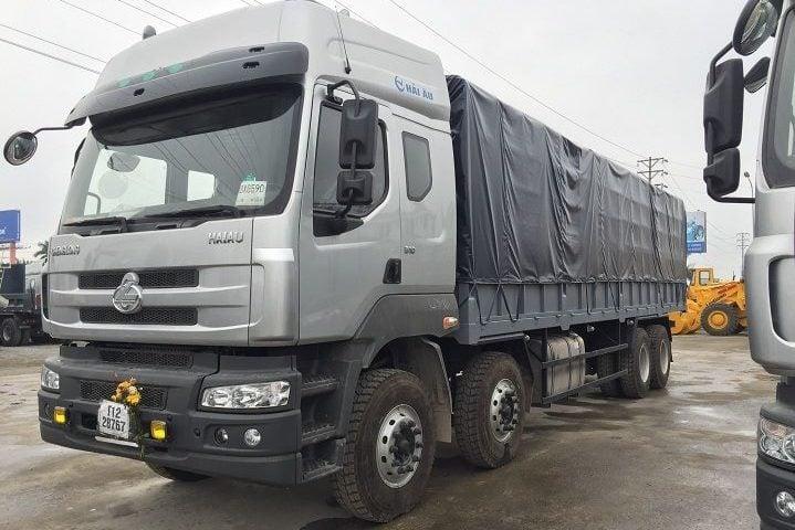 Xe 20 tấn vận chuyển hàng Quảng Ngãi vào TP.HCM