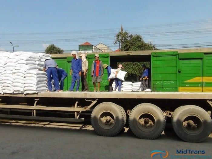 Dịch vụ bốc dỡ hàng hóa tphcm