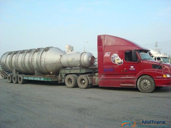 vận chuyển thiết bị máy móc siêu trường siêu trọng