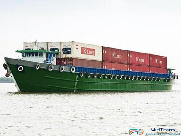 Vận chuyển hàng hóa bằng đường thủy nội địa có ưu điểm gì?