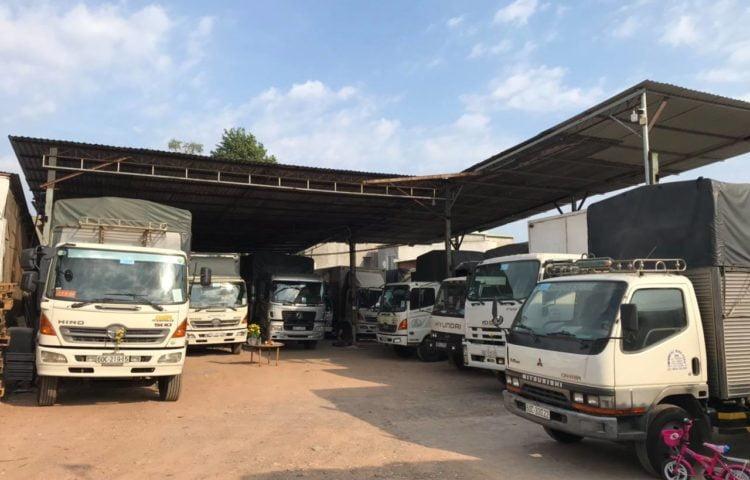 Dịch vụ thuê xe tải chở hàng TPHCM